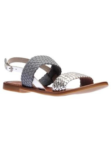 Sandalet İnci